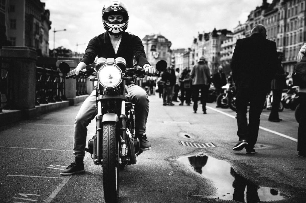 motographer motorradfoto fotograf wien georg aufreiter schwarzweiß black and white classic bike